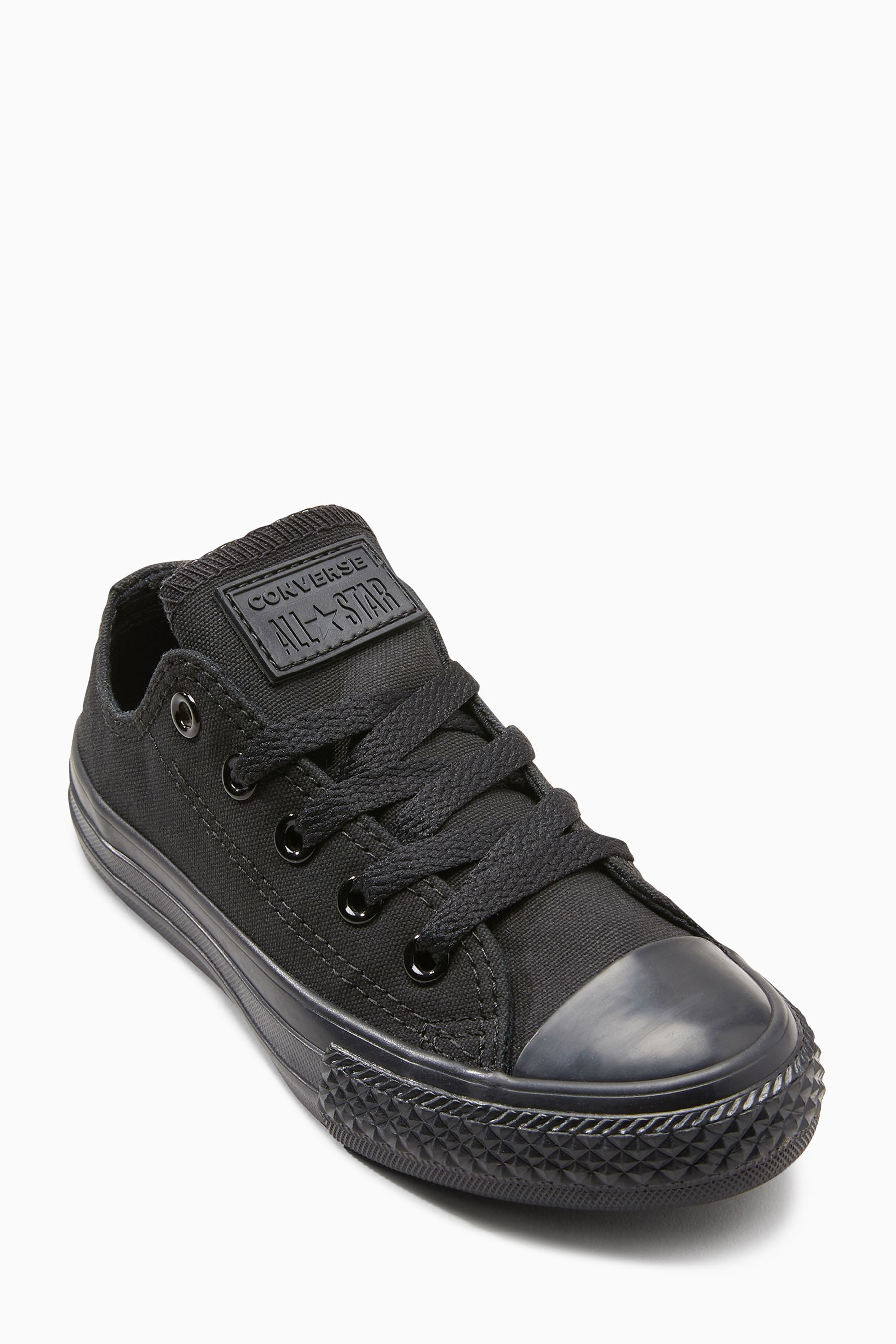black converse juniors